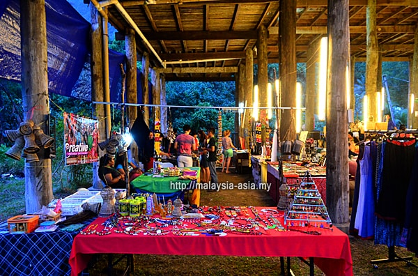 Craft Bazaar Rainforest World Music Festival