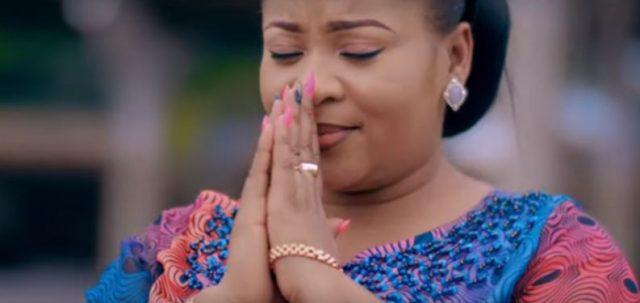 VIDEO   Maggie Muliri Ft Bahati Bukuku - Nitafika Tu   Download Mp4 [Official Video]