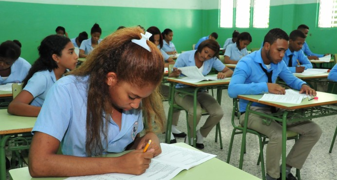 Educación dice que mejoran resultados de Pruebas Nacionales