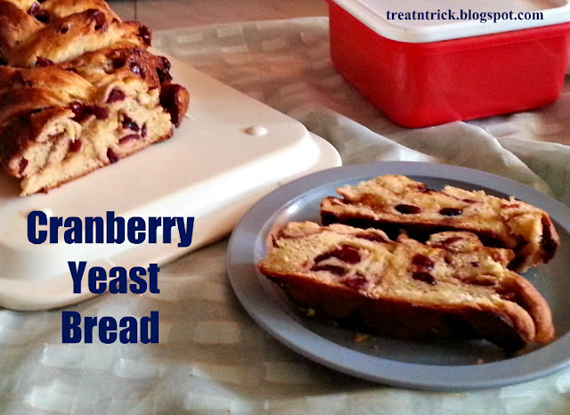 Cranberry Yeast Bread Recipe @ treatntrick.blogspot.com
