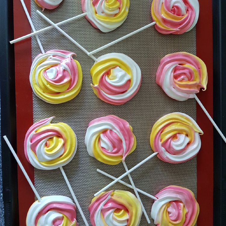 Yellow Rose Meringue Pops