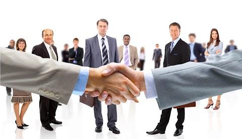 Kormányzati segítséget igényel a munkaerőpiac további javulása