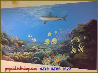 Mural lukis dinding gambar pemandangan dalam laut