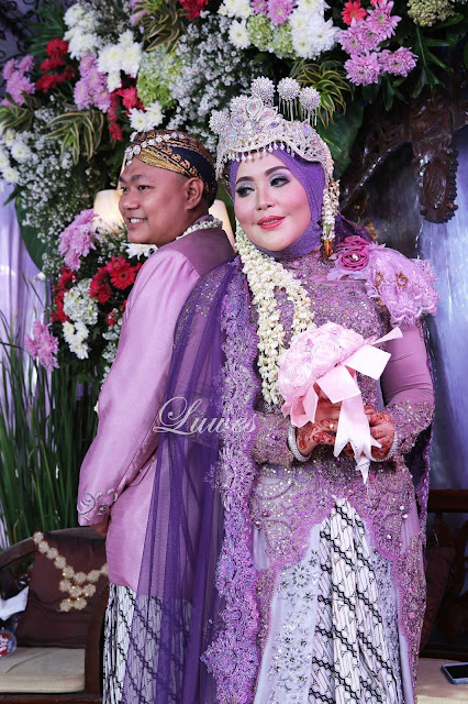 Pernikahan dengan konsep pengantin adat sunda