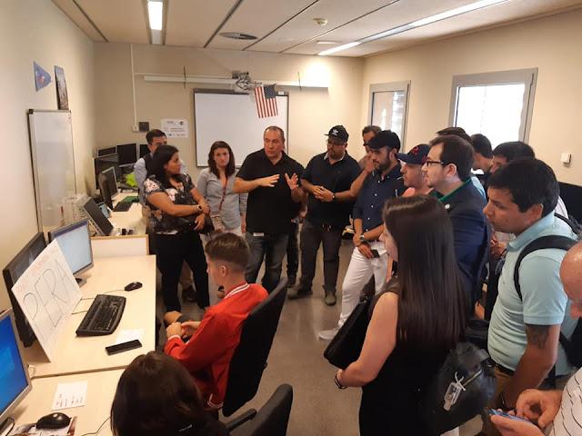 MBA students from the Universidad San Sebastian de Chile visit the Liquid Galaxy LAB