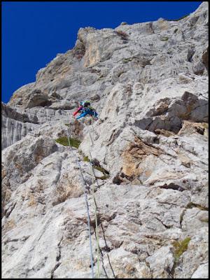 Escalando la Grieta Sur Este de la Torre de Altaiz