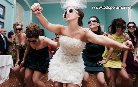 Bailes de novias y novios en sus casamientos