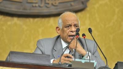 الدكتور علي عبد العال - أرشيفية