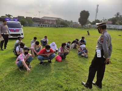 13 Pelajar Terjaring Satlantas Polresta Banyumas Aksi Corat Coret Dan konvoi Kelulusan