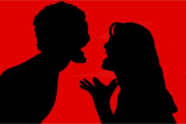 10 λόγοι να μην μπεις στη μέση όταν τσακώνεται φιλικό ζευγάρι