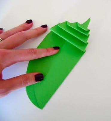 How to make paper flowers giant paper leaf mightylinksfo
