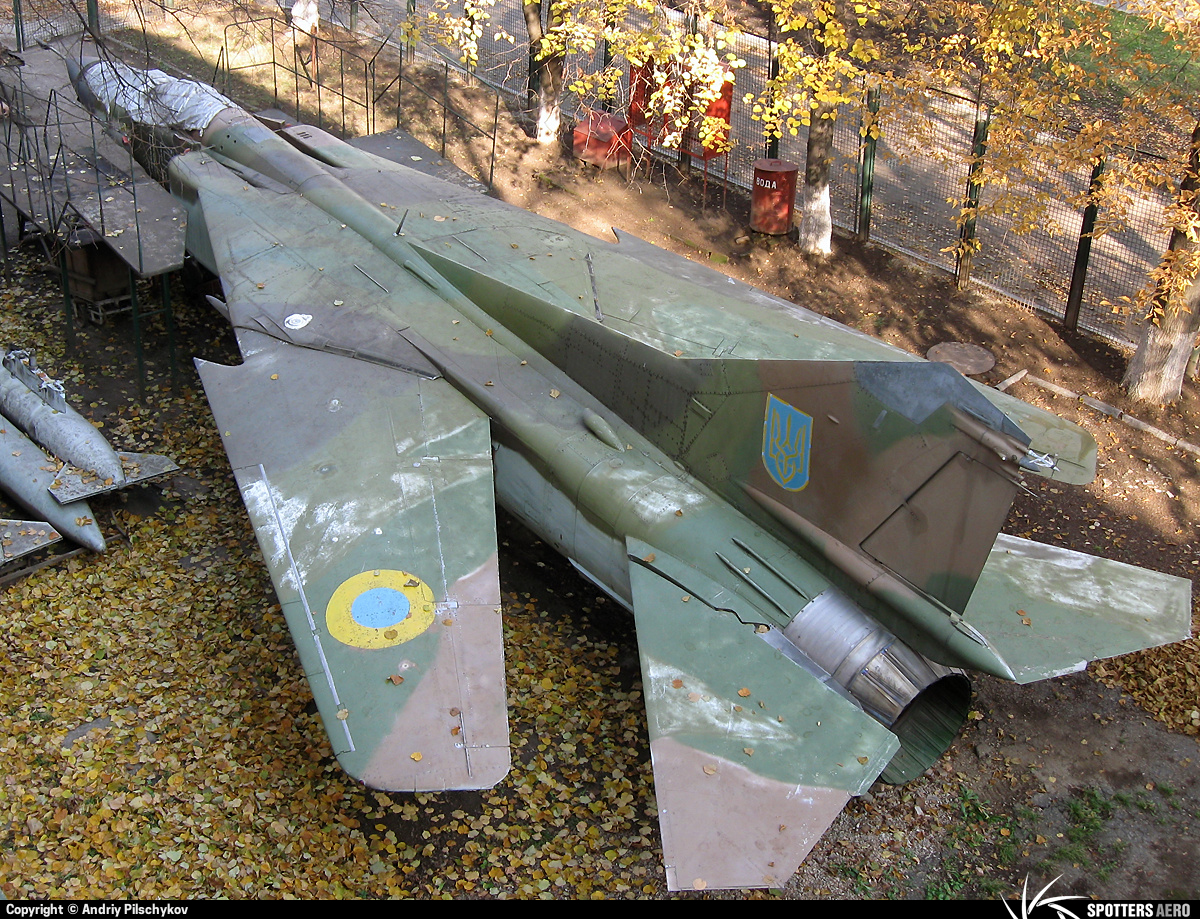 Міг-23