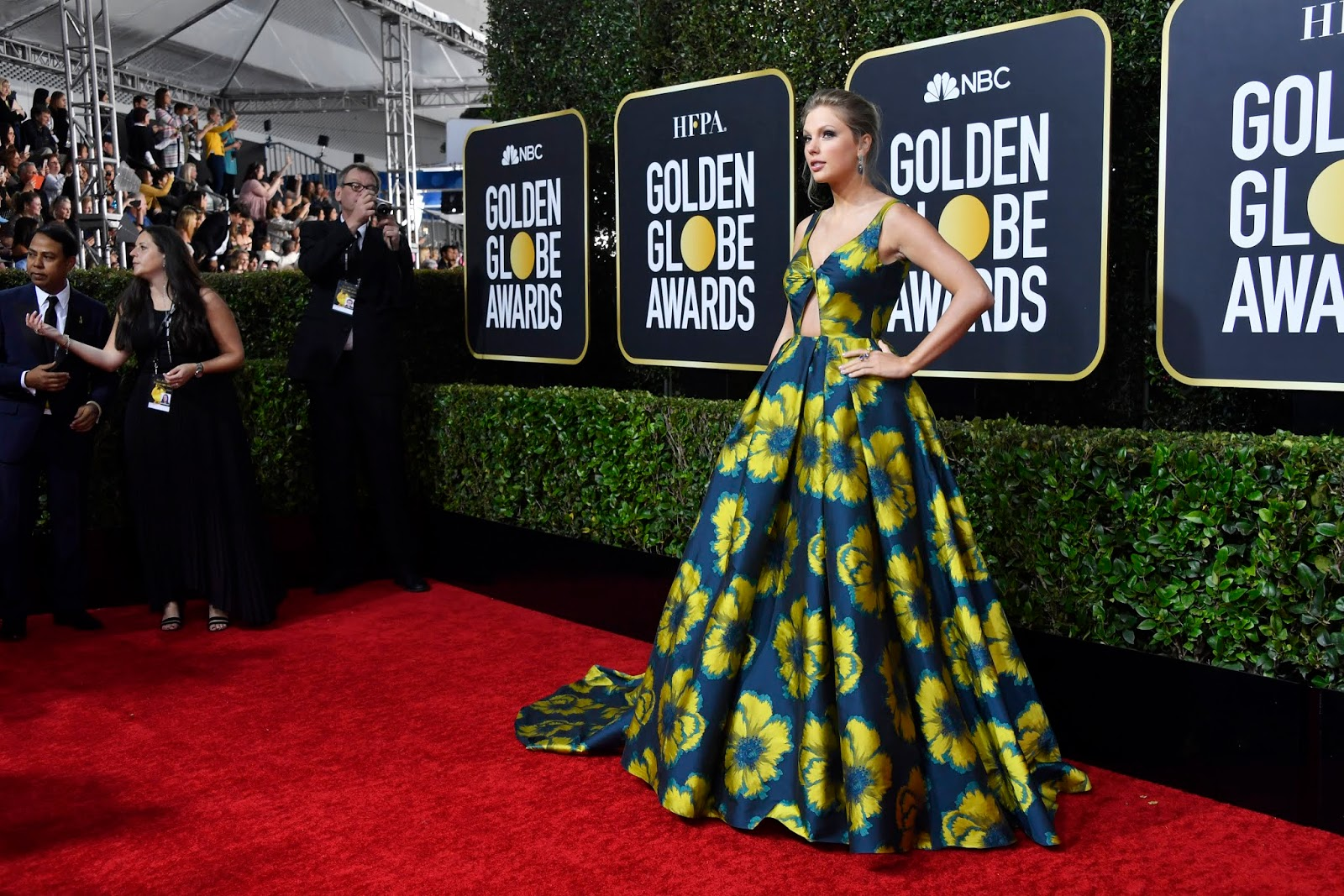Taylor Swift Blooms in a Floral Gown at the 2020 Golden Globe Awards