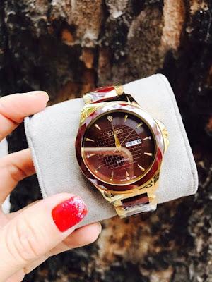 Đồng hồ đeo tay nam dây đá nâu đỏ