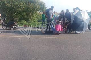 http://vnoticia.com.br/noticia/4030-motociclista-ferida-em-acidente-entre-carro-e-moto-na-rodovia-afonso-celso