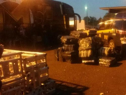 Polícia apreende grande quantidade de maconha em ônibus de Banda.