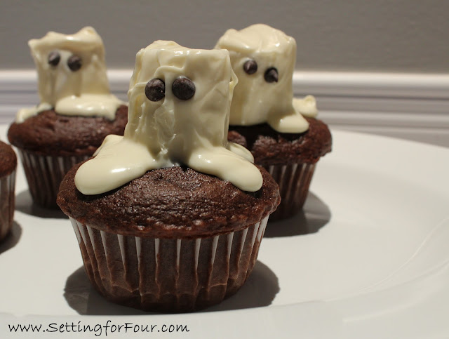 Friendly Ghost Cupcakes from Setting for Four #Halloween #Cupcake #Recipe #Chocolate