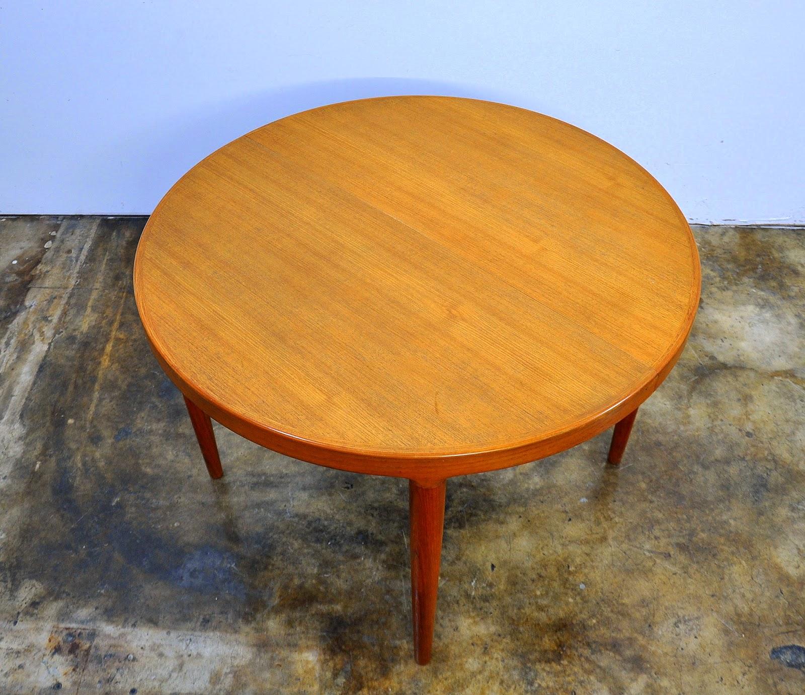 SELECT MODERN: Danish Modern Teak Expandable Dining Room Table