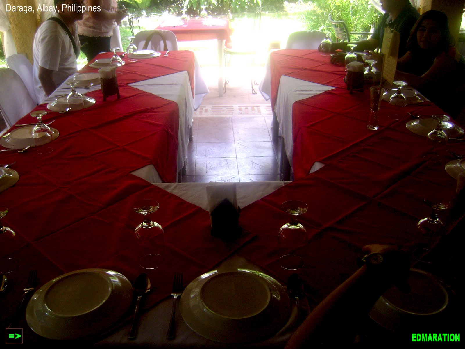 Daraga] ▻ Albay: Vintage and Garden Dining in Balay Suanoy