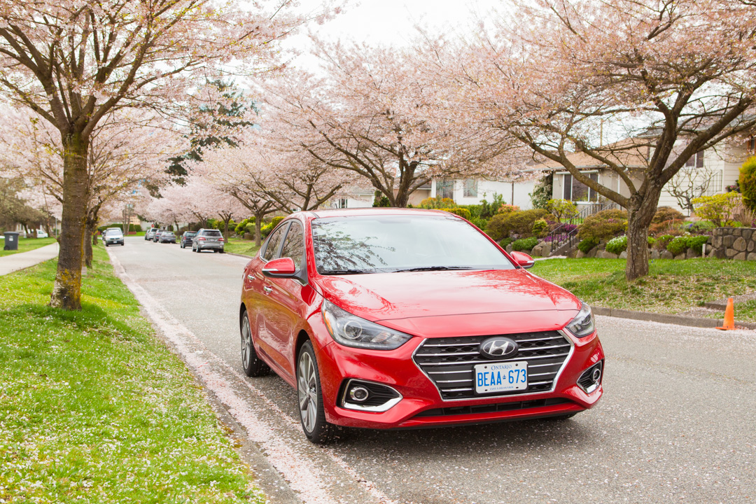 Does Not Make Any Part Of The Car Look Out Of Proportion This Car May Not Stand Out In Hyundais Current Lineup Of Good Looking Cars But It Certainly
