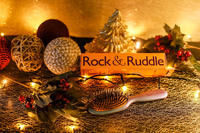 Rock and Ruddle hair brushes. Christmas Gift Guide 2017 - Mandy Charlton's biggest ever Christmas gift guide. The only gift guide you'll need to find presents and gift ideas for the people you love this holiday season