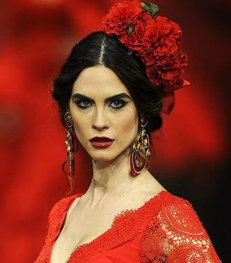 الأسطورة الإسبانية حول العيون الداكنة والشعر الداكن: ما هو المظهر الإسباني النموذجي؟