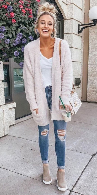 Need Style Inspiration for Fall Season. See these 31 Most Popular Fall Outfits to Truly Feel Fantastic. Fall Style via higiggle.com | #fall #falloutfits #style #fashion