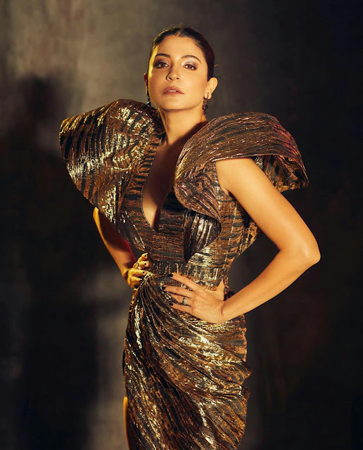 Anushka Sharma sexy look for magazine shoot + other HQ images