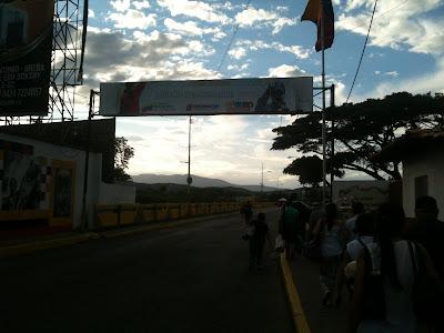 Puente internacional Simón Bolívar, Colombia-Venezuela.