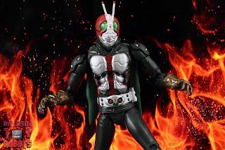 S.H. Figuarts Kamen Rider V3 (THE NEXT) 11