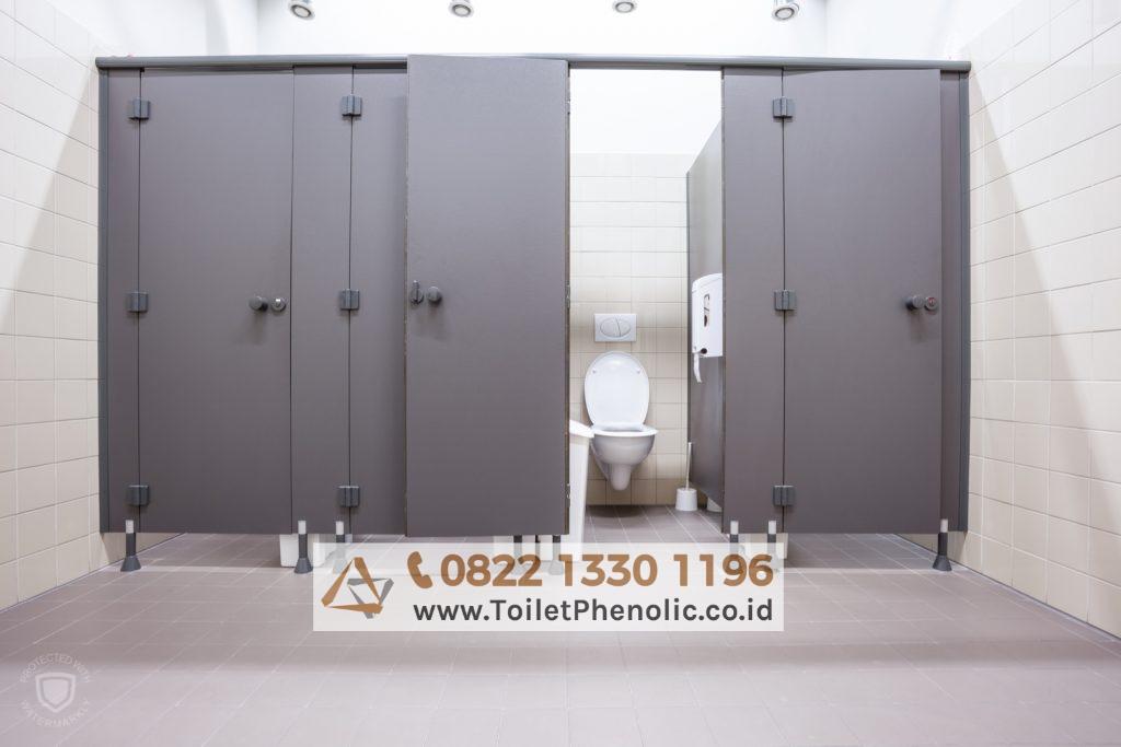 Toilet Cubicle Lhokseumawe (Partisi Kamar Mandi Phenolic) Murah