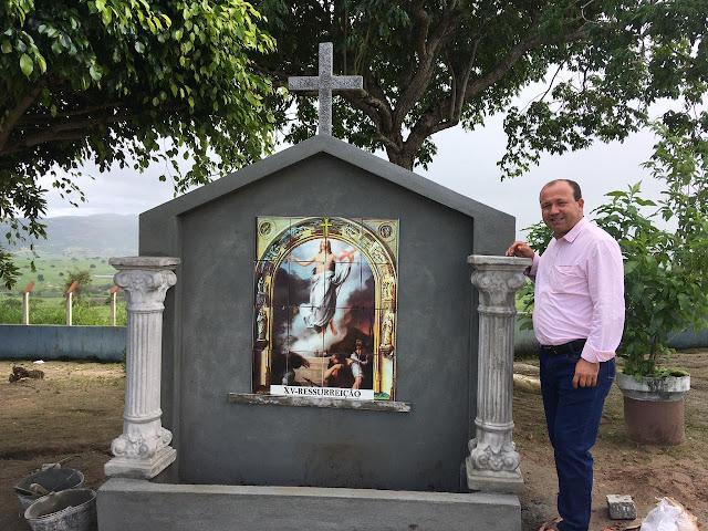 LOCAL: Iniciada as obras de construção da via-sacra do Cruzeiro de Frei Damião