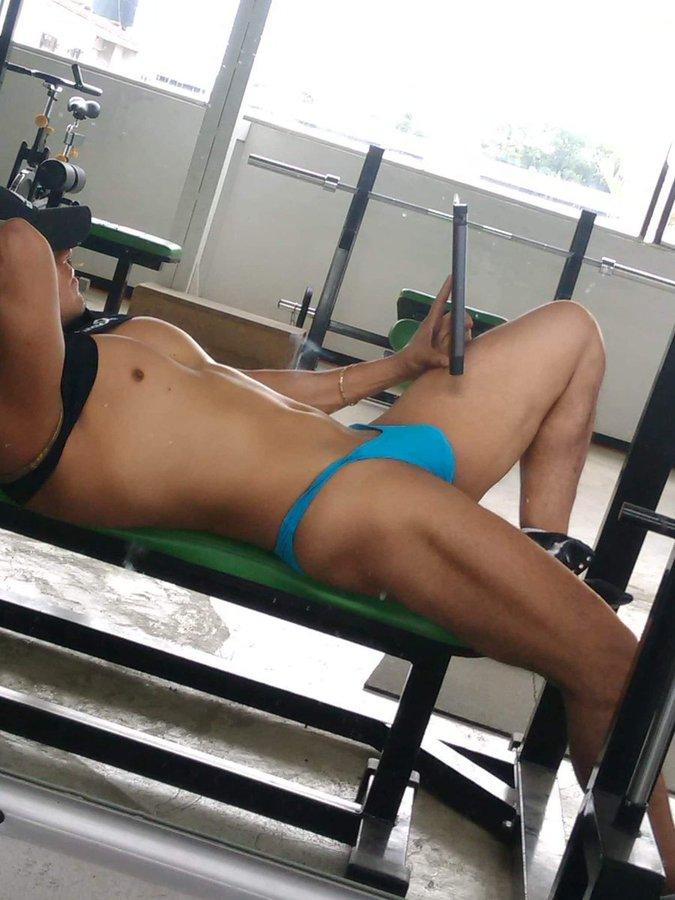 en el gym en tanga
