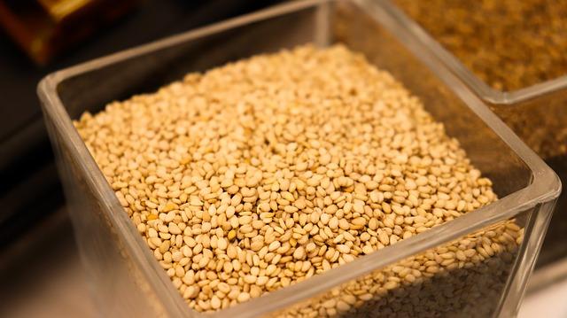 بذور السمسم sesame seeds