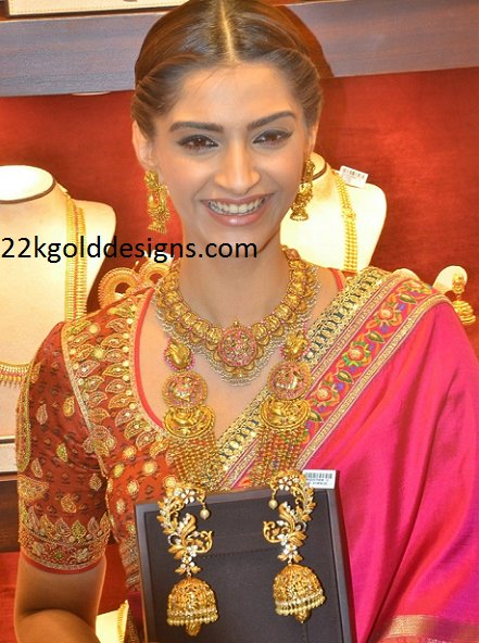 Sonam Kapoor in Kalyan Temple Jewellery