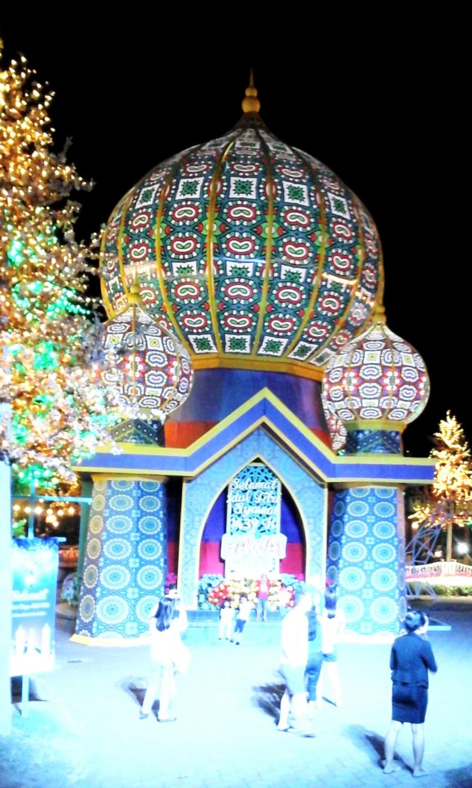 Naik Perahu Seru Di Malang Night Paradise Lestiaa S