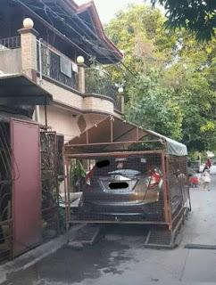 VIRAL Garasi Mobil Di Jalan Lagi