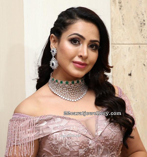Nandini Rai Diamond Emerald Choker