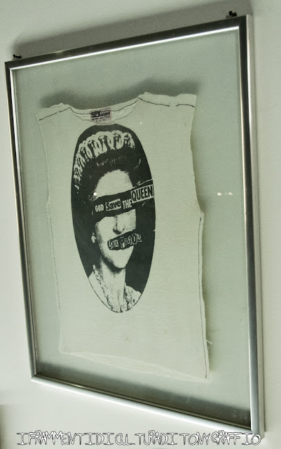God save the Queen Sex Pistols T shirt