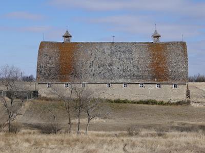 barn, Simmie, Saskatchewan, historical