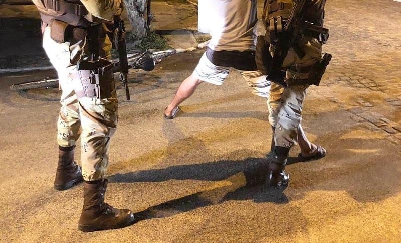 Em Juazeiro, galpões usados para desmanche de veículos é desarticulado pela polícia; três pessoas foram presas - Portal Spy Notícias de Juazeiro e Petrolina