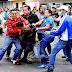 """Malandros salen a las calles a protestar por sus derechos humanos: """"estamos cansados de los linchamientos"""""""