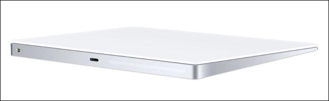 Apple Magic Trackpad 2 باللون الفضي