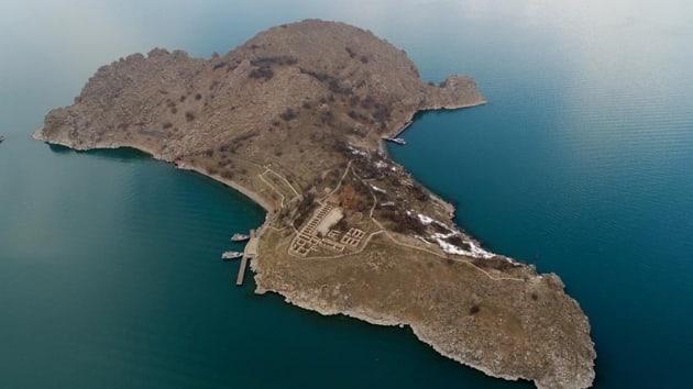 , Howland Adası ile Line Adası Arasındaki saat Farkı Ne Kadardır?