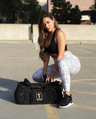 Ana Cheri - Bio, Workout Routine and Diet Plan | Beingfitaholic