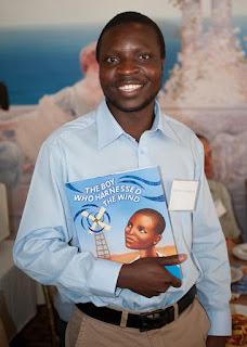 William Kamkwamba (Cậu bé có sức mạnh của gió)
