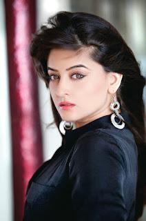 Mahi Vij Sexy Look