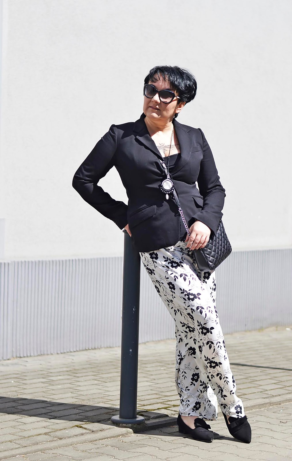 H&M back jacket, pajamas pants, black and white fashion