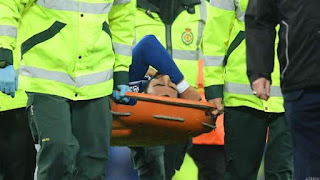 Everton vs Tottenham Highlight: Gomes Injury Overshadows Spurs - Everton Draw