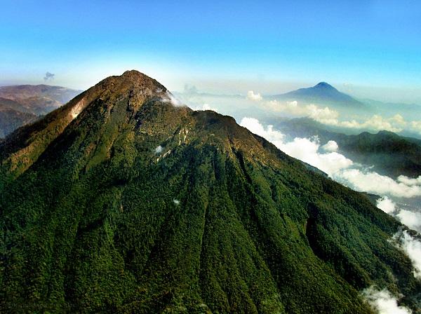 Tacaná - Volcanian